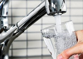 Πιες νερό για καλύτερη λειτουργία του εγκεφάλου