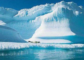 Στη μικρότερη επιφάνεια στην ιστορία έφθασαν οι πάγοι της Αρκτικής