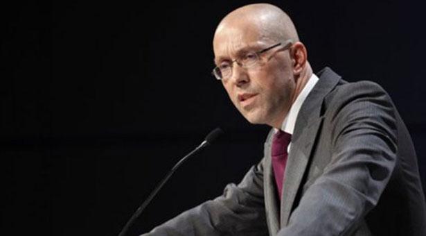 'Ασμουσεν: Η αναδιάρθρωση του ελληνικού χρέους νομικά αδύνατη