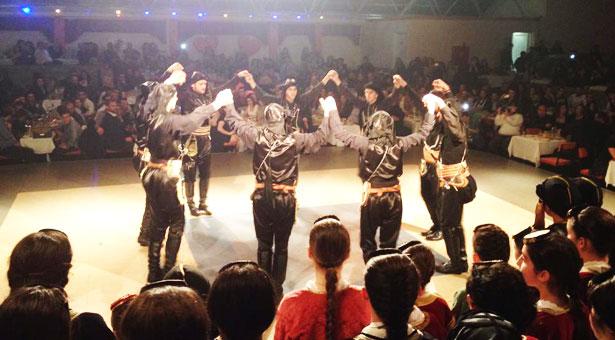 Κοσμοσυρροή στην χοροεσπερίδα του Συλλόγου Ποντίων Ασπροπύργου