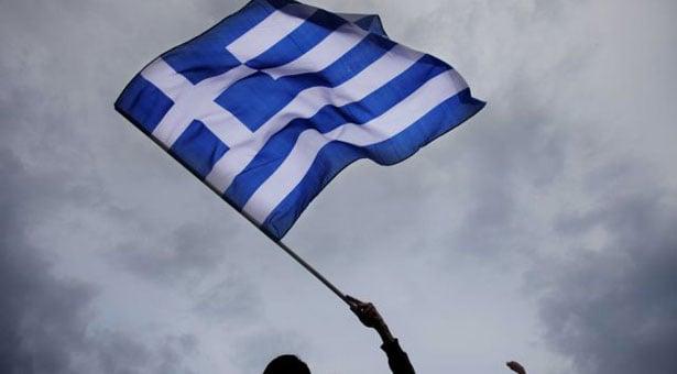 Πόντιοι και Βορειοηπειρώτες ύψωσαν την Ελληνική σημαία