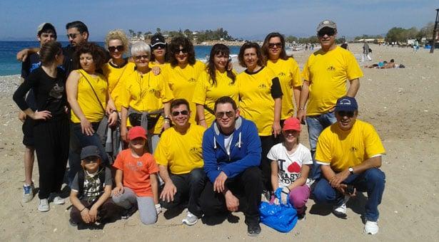 Ένωση Ποντίων η Ρωμανία: Καθάρισε την παραλία της Γλυφάδας