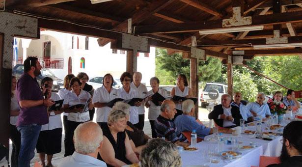 Η χορωδία του Συλλόγου Ποντίων Ξάνθης καθήλωσε με τραγούδια από τον Πόντο!