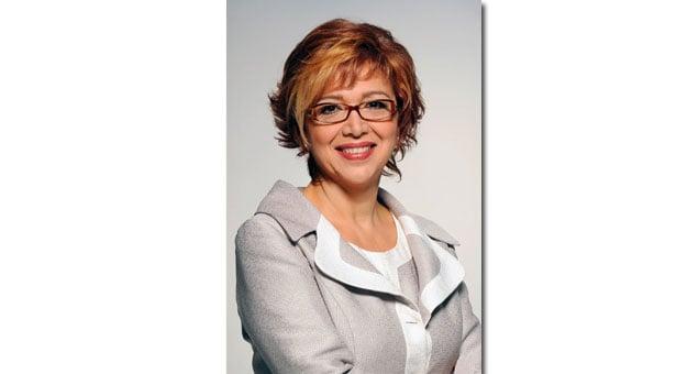 Η Δώρα Μπαλτατζίδου στηρίζει την Εύξεινο Λέσχη Νάουσας
