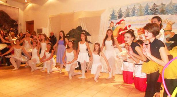 Απολαυστική χριστουγεννιάτικη παράσταση από την Εύξεινο Λέσχη Ποντίων Νάουσας