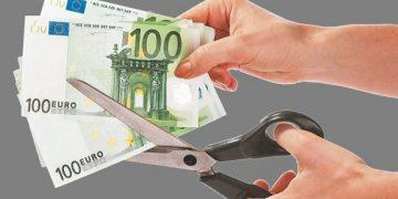 Μέτρα 8 δισ. ευρώ σε 17 μήνες πρότεινε η κυβέρνηση