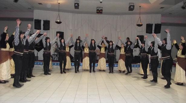 Η Ποντιακή παράδοση πρωταγωνίστησε στον χορό των Κομνηνών Ροδοχωρίου!