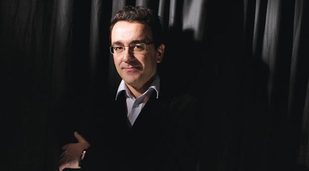 Ο διάσημος μαέστρος Θεόδωρος Ορφανίδης μιλάει τη δύναμη της μουσικής