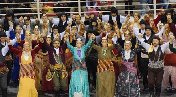 Οι χοροί από το Ακ Νταγ Ματέν του Πόντου σε πρώτο πλάνο