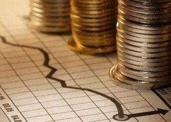 Handelsblatt: Σχέδια για ελάφρυνση του ελληνικού χρέους με ρήτρα ανάπτυξης από ESΜ και Γαλλία