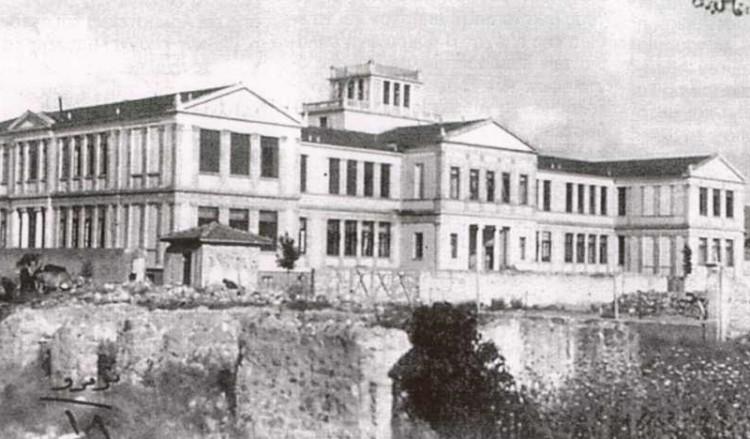 Ευαγγελική σχολή Σμύρνης: Πνευματική μητέρα Ελλήνων από τον 18ο αιώνα