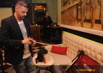 Ο λυράρης Φάνης Κουρουκλίδης, η φιλία του με τον Χρύσανθο και μια άγνωστη ιστορία με τσέτες (φωτο, βίντεο)
