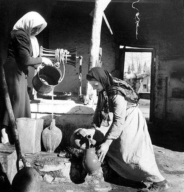 Του Αϊ-Γιαννιού, το έθιμο του Κλήδονα στον Πόντο και αλλού - Cover Image