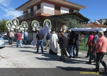 Με ποντιακές λύρες η κηδεία του Ανέστη Αϊβαζίδη (φωτο, βίντεο)