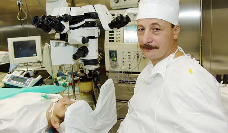 Χρήστος Ταχτσίδης: Ο «χειρουργός από τον Θεό» με τα δικά του λόγια