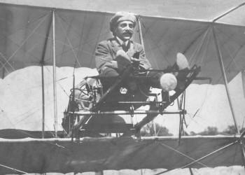 Σαν σήμερα το 1942 πέθανε ο (τρελο)Καμπέρος, ο πρώτος Έλληνας στρατιωτικός αεροπόρος