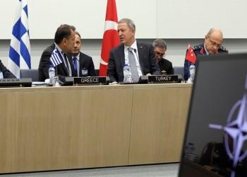 Οι υπουργοί Άμυνας της Ελλάδας και της Τουρκίας, Νίκος Παναγιωτόπουλος και Χουλουσί Ακάρ (φωτ.: υπουργείο Άμυνας της Τουρκίας)