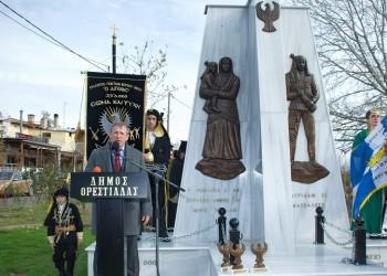 Γιώργος Κικώτης: Ο γλύπτης που έχει κατασκευάσει δεκάδες μνημεία για τον ποντιακό ελληνισμό και τη Γενοκτονία των Ποντίων