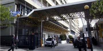 Αυξάνονται οι διασωληνωμένοι και οι νεκροί από κορονοϊό στην Ελλάδα