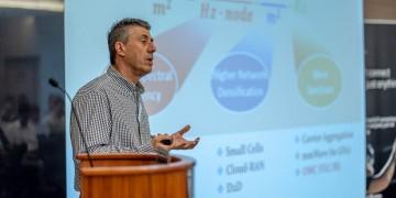 Ο καθηγητής του ΑΠΘ Γιώργος Καραγιαννίδης μιλά για τα κέρδη της έρευνας μέσα στην πανδημία