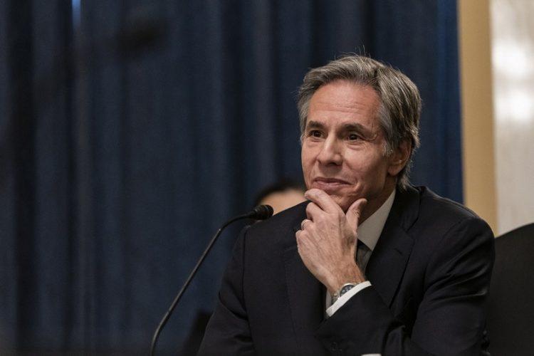 Ο Άντονι Τζ. Μπλίνκεν μιλάει ενώπιον της Επιτροπής Εξωτερικών Υποθέσεων της Γερουσίας, στην Ουάσινγκτον (φωτ.: EPA/Alex Edelman / POOL)