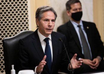Ο Άντονι Μπλίνκεν καταθέτει στην Επιτροπή Εξωτερικών Υποθέσεων της Γερουσίας που θα πρέπει να επικυρώσει τον διορισμό του ως υπουργός Εξωτερικών των ΗΠΑ (φωτ.: EPA/Graeme Jennings / POOL)