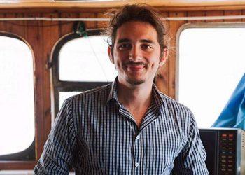 Ο Λευτέρης Αραπάκης (φωτ.: thepeoplestrust.org)