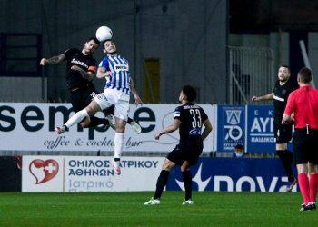 Στιγμιότυπο από τον αγώνα Ατρόμητος - ΠΑΟΚ για την 15η αγωνιστική της Super League στο Δημοτικό Στάδιο Περιστερίου (φωτ.: ΑΠΕ-ΜΠΕ / Γεωργία Παναγοπούλου)