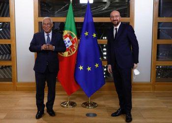 Αντόνιο Κόστα και Σαρλ Μισέλ (φωτ.: EU / Dario Pignatelli)