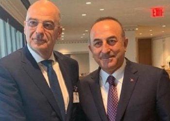 Νίκος Δένδιας και Μεβλούτ Τσαβούσογλου σε συνάντησή τους στη Νέα Υόρκη (φωτ. αρχείου: Υπουργείο Εξωτερικών / Twitter)