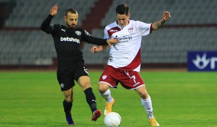 Στιγμιότυπο από το παιχνίδι Λάρισα-ΟΦΗ για την 12η αγωνιστική του πρωταθλήματος της Super League, στο γήπεδο Αλκαζάρ (φωτ.: ΑΠΕ-ΜΠΕ / Αποστόλης Ντόμαλης)