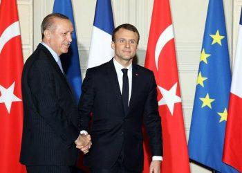 Ερντογάν και Μακρόν σε συνάντηση που είχαν στο Παρίσι (φωτ.: EPA / Ludovic Marin)