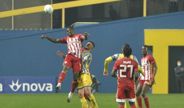 Στιγμιότυπο από το ματς στο Αγρίνιο (φωτ.: ΑΠΕ-ΜΠΕ / Νίκη Μπερερή)