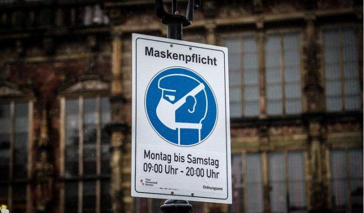 (Φωτ.: EPA / Focke Strangmann)