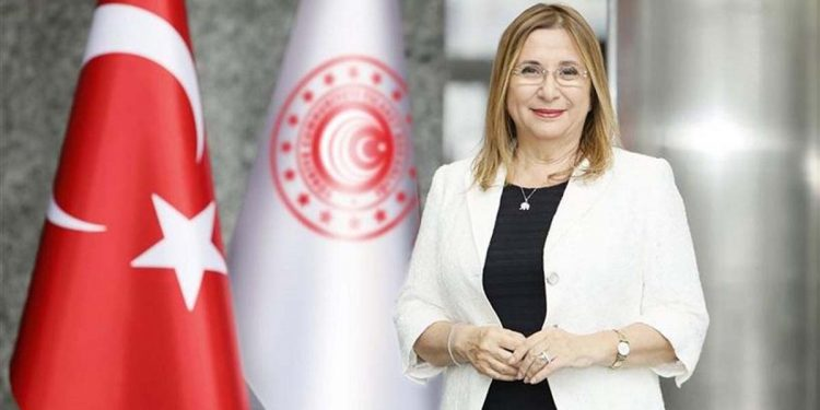 Η υπουργός Εμπορίου της Τουρκίας Ρουχσάρ Πεκτζάν θα υπογράψει τη συμφωνία με τη Βρετανία (φωτ.: trade.gov.tr)