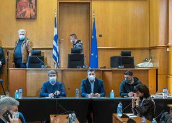 Χρυσοχοΐδης, Τζιτζικώστας και Χαρδαλιάς σε σύσκεψη με αυτοδιοικητικους φορείς της Θεσσαλονίκης (φωτ.: ΑΠΕ-ΜΠΕ / Νίκος Αρβανιτίδης)