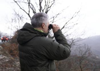 Σωστικά συνεργεία στις έρευνες για τον εντοπισμό του εκπαιδευτικού αεροσκάφους που χάθηκε την Κυριακή το μεσημέρι, στο ανατολικό Ζαγόρι, στα Ιωάννινα (φωτ.: ΑΠΕ-ΜΠΕ / Δημήτρης Ραπακούσης)