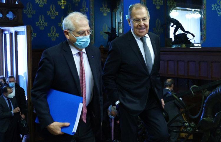 Στη Μόσχα συναντήθηκαν ο Ζοζέπ Μπορέλ και ο Σεργκέι Λαβρόφ (φωτ.: υπουργείο Εξωτερικών Ρωσίας)