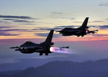 Τουρκικά αεροσκάφη πλήττουν στόχους στο βόρειο Ιράκ (φωτ. αρχείου: Anadolu Agency)
