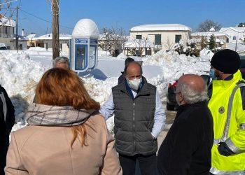 Επίσκεψη στις πληγείσες του Δήμου Ιστιαίας-Αιδηψού (φωτ.: Facebook / Περιφέρεια Στερεάς Ελλάδας)