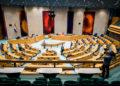 Η αίθουσα που συνεδριάζουν οι βουλευτές της Ολλανδίας (φωτ.: EPA / Bart Maat)