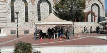 Rapid test στην πλατεία Ευόσμου (φωτ.: Δήμος Κορδελιού-Ευόσμου)