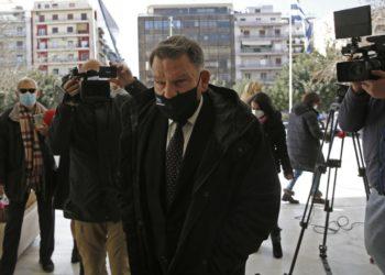 Ο συνήγορος υπεράσπισης του τέως καλλιτεχνικού διευθυντή του Εθνικού Θεάτρου Δημήτρη Λιγνάδη, Αλέξης Κούγιας προσέρχεται στον Άρειο Πάγο προκειμένου να καταθέσει αναφορές κατά δικαστών (φωτ.: ΑΠΕ-ΜΠΕ / Αλέξανδρος Βλάχος)