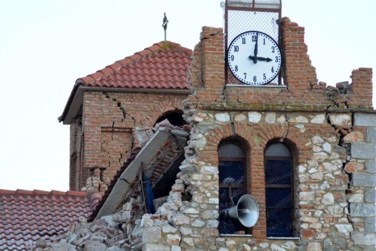 Σοβαρές ζημιές σε εκκλησία στο χωριό Μεσοχώρι του δήμου Ελασσόνας, προκλήθηκαν από τον ισχυρό σεισμό που ταρακούνησε την περιοχή της Θεσσαλίας (φωτ.: ΑΠΕ-ΜΠΕ / Αποστόλης Ντόμαλης)