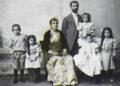 Οικογένεια Ελλήνων Ποντίων, Κερασούντα, 1910 (πηγή: Eπιτροπή Ποντιακών Μελετών)