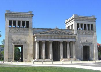 Τα Προπύλαια στο Μόναχο (φωτ.: en.wikipedia.org)