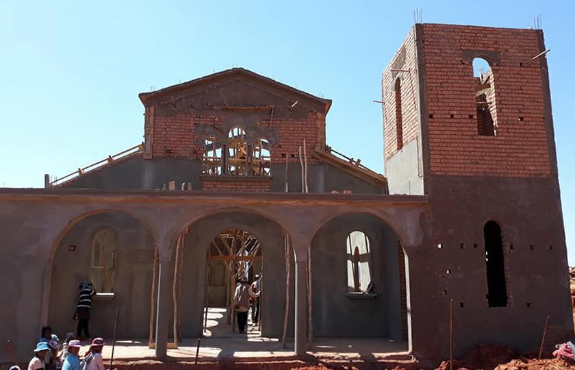 Ένας νέος ελληνορθόδοξος ναός στη Μαδαγασκάρη (photo)