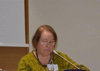 Η Τέσα Χόφμαν σε παλαιότερη διάλεξή της στην Κηφισιά (φωτ.: kifissia.gr)