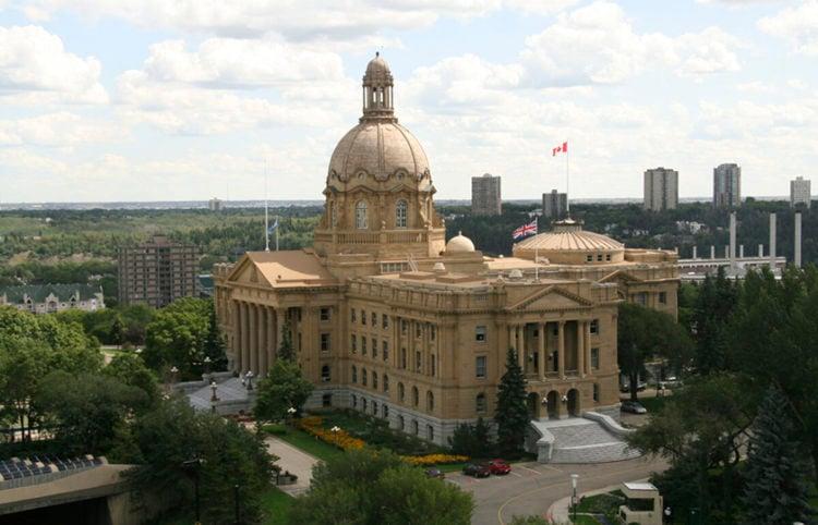 Το κτήριο όπου συνεδριάζει η νομοθετική συνέλευση της επαρχίας Αλμπέρτα του Καναδά (φωτ.: Wikimedia Commons / Kenneth Hynek)