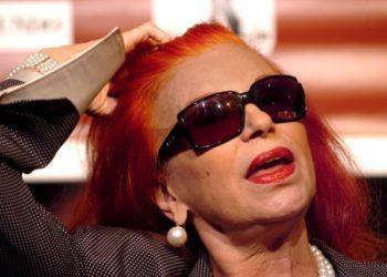Η Ιταλίδα τραγουδίστρια Μίλβα, στο πρώτο Διεθνές Φεστιβάλ Γυναικών με τις Καλύτερες Φωνές, στη Μαδρίτη, το 2005 (φωτ.: EPA/SERGIO BARRENECHEA)